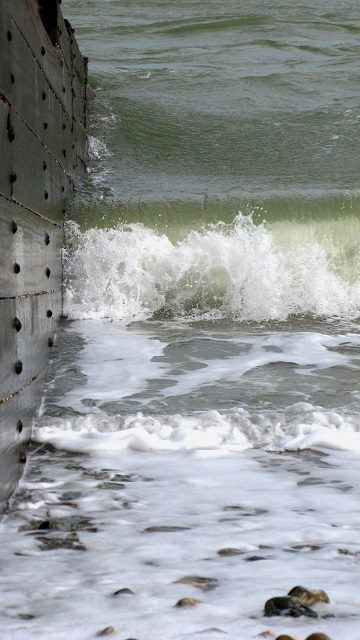 Surf Breakers - m.joy