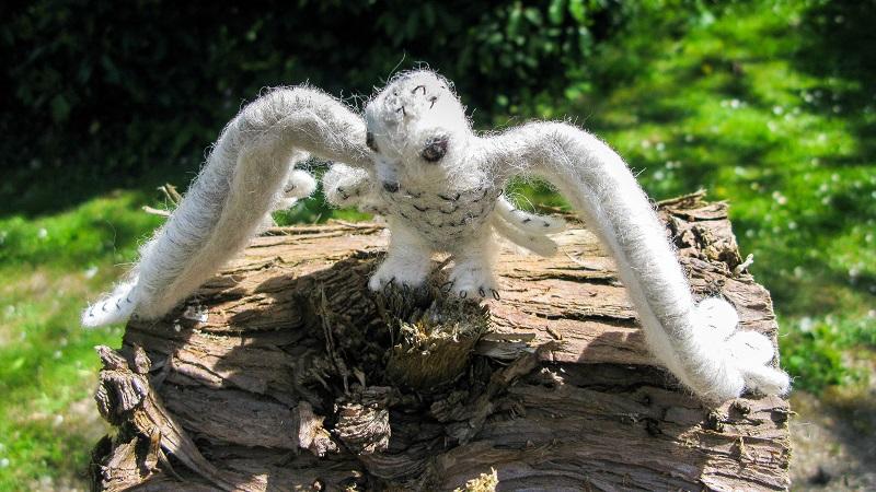 Woollen Snow Owl - m.joy